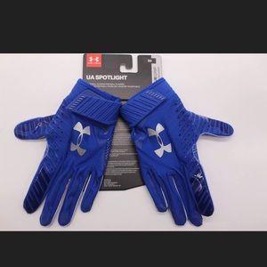 UA spotlight gluegrip football gloves Sz SM blue